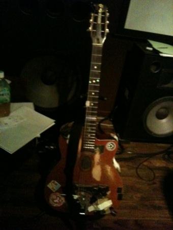 こっこのギターは